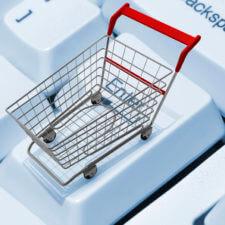 Plusy i minusy kupowania ubrań przez internet