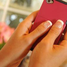 Łamliwe paznokcie – jak je odżywić?