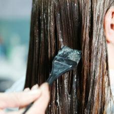 Dowiedz się, co powinien oferować dobry salon fryzjerski! Usługi i kosmetyki, których potrzebuje każda kobieta!